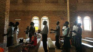Una celebrazione domenicale in una chiesa a Yambio. Foto di Spencer Platt/Getty Images