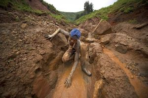 25coltan_in_thecongo1-bd_1384659