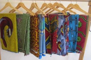Aprile 2015 - Dakar, Senegal - Negozio di stoffe Shalom (ph Romina Gobbo)